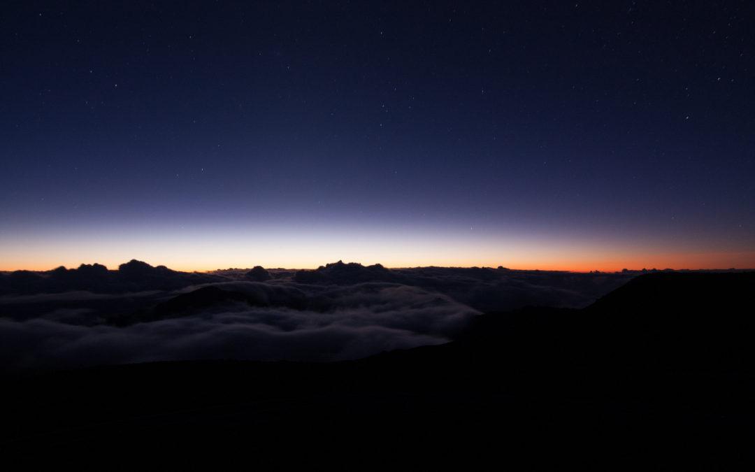 Zonsopkomst op de Haleakala vulkaan